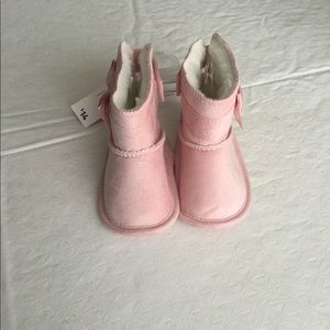 New Toddler Girl Boots - Size 3